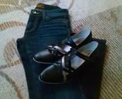 ジーンズと靴