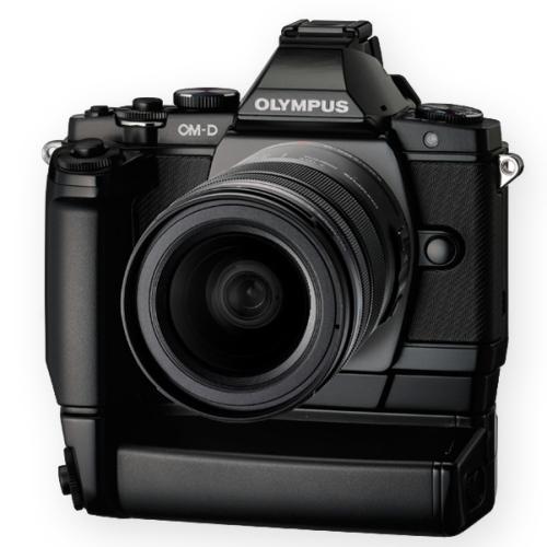 Olympus-OM-D-E-M5-front.jpg