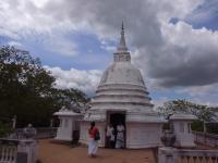 Aukana stupa