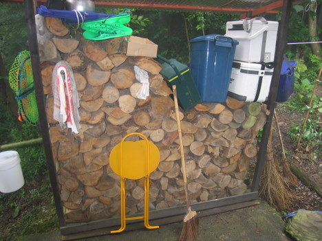 薪を作る 003