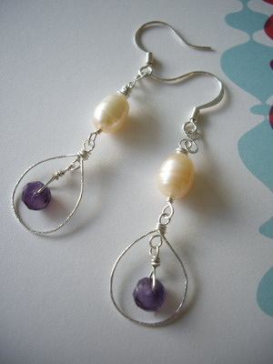 hammered wire pearl&amethyst earrings
