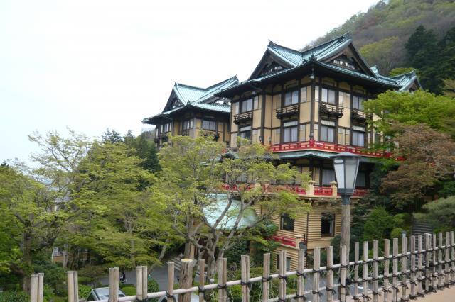建物も和洋折衷造りで、明治時代の建築様式^^