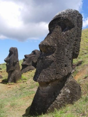 176578-Moai-at-Rano-Raraku-Rapa-Nui-5.jpg