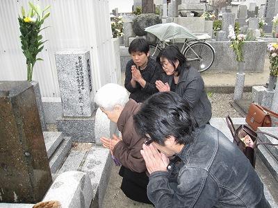 川島お祖母ちゃん33回忌20110403 (7)