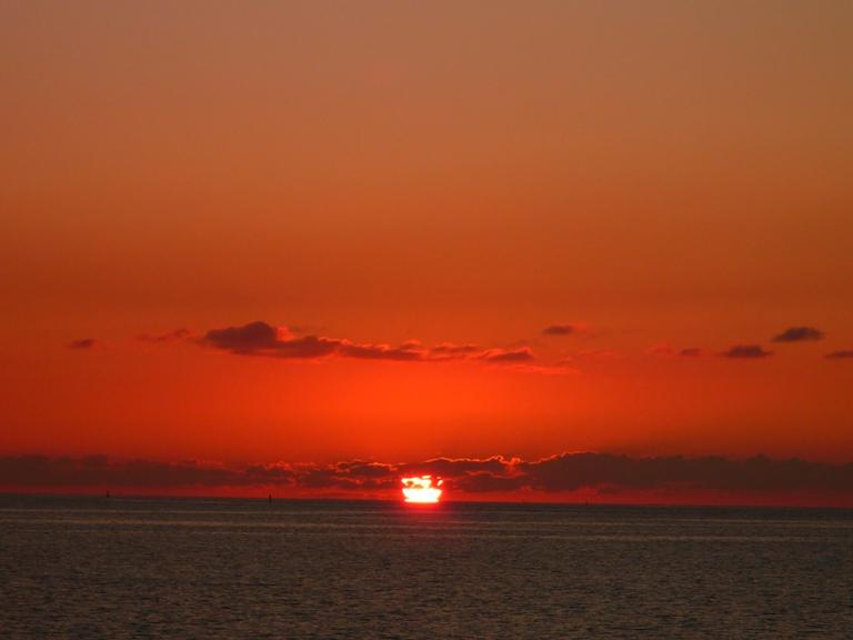 夕日、太陽