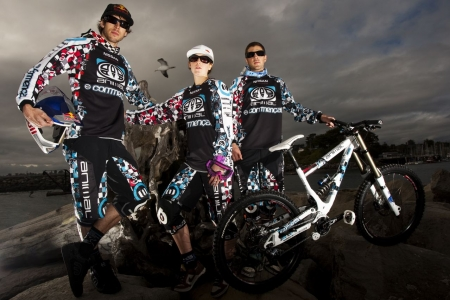 20090224-Atherton_team_kit20_portrait_3_sized.jpg
