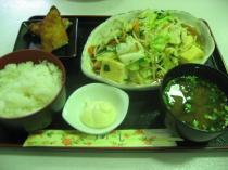15豆腐ちゃんぷるー定食
