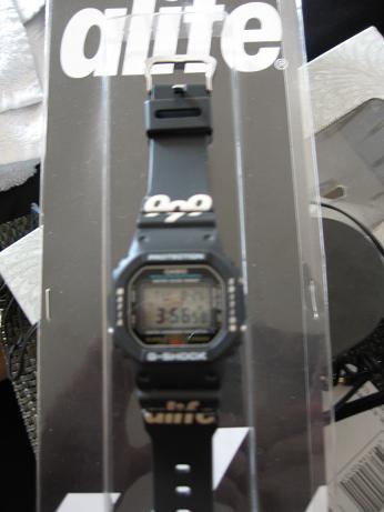 watch02.jpg