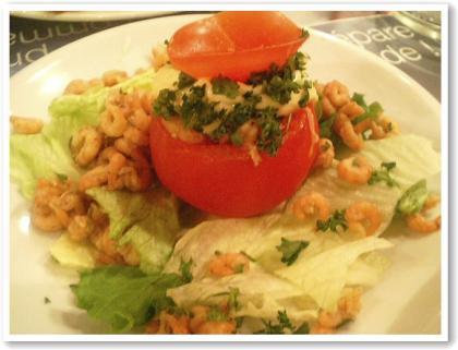 海老とトマトのタルタルサラダ