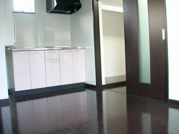 2階リビング③キッチン・PCルーム側