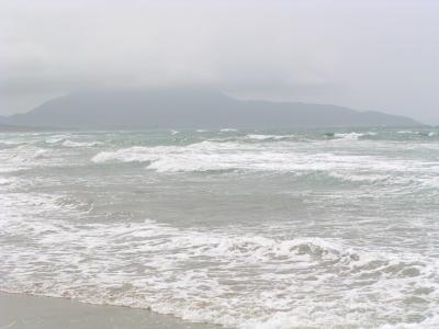 海は荒海~♪