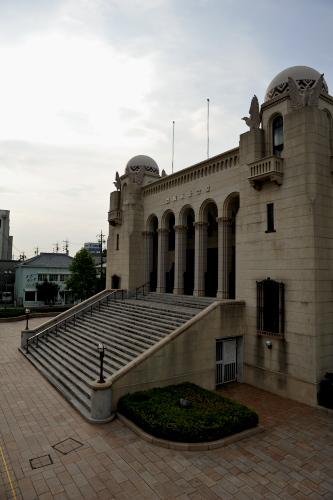豊橋市公会堂とハリストス正教会...