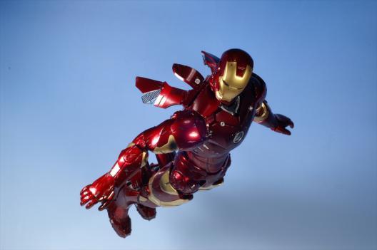 ironmanBD_fly1.jpg