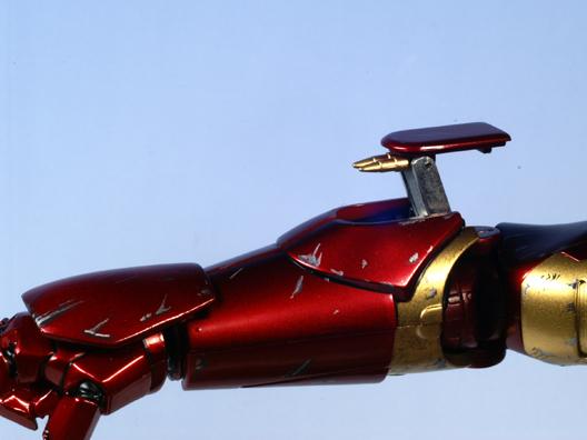 ironmanBDrighthands.jpg