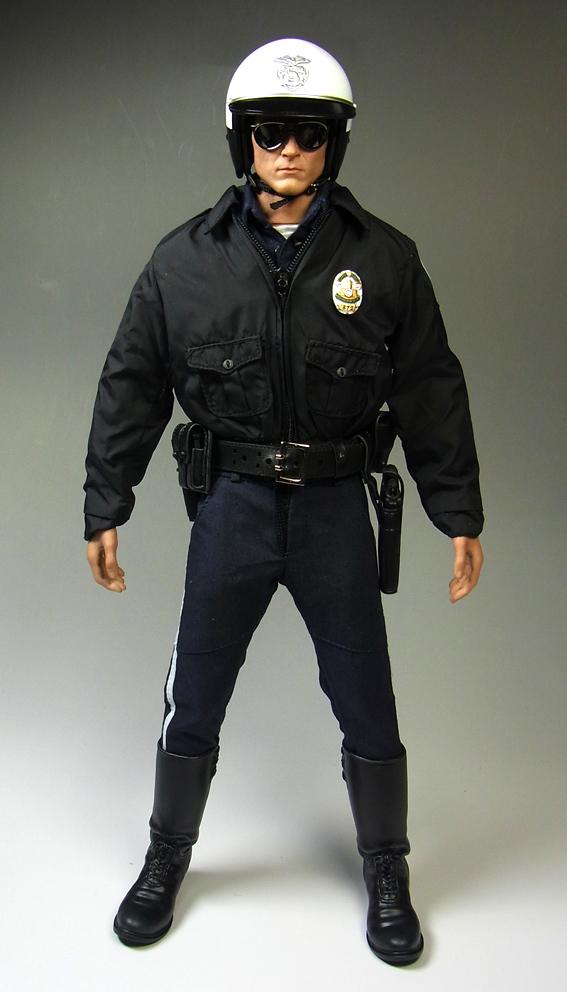 t1000police1.jpg
