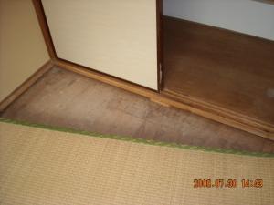 フローリング張替前の畳2