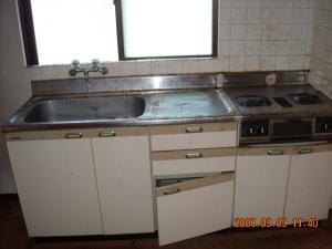 キッチン交換取付前、シングルレバー混合栓交換取付前