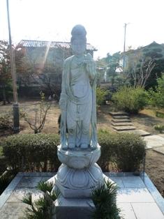 蓮花寺の子育て観音