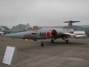 F-104J 76-8689_1.JPG