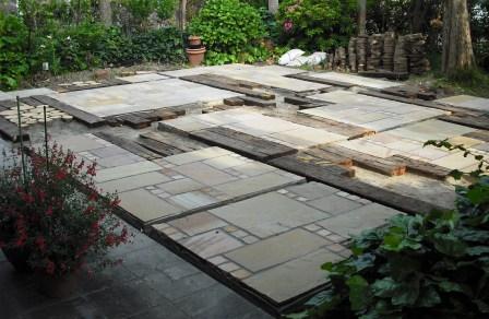 ガーデンリフォーム石貼り