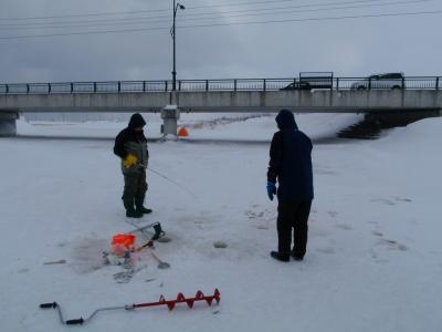 暴風雪釣り