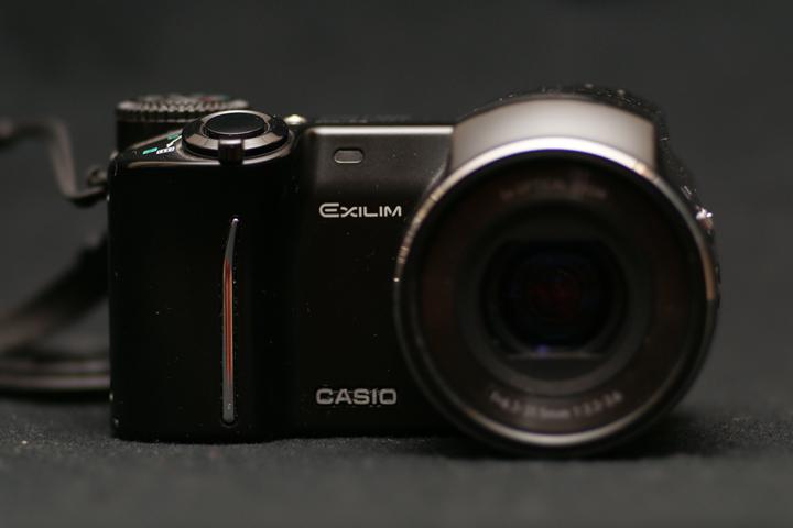 ex-p505-01.jpg