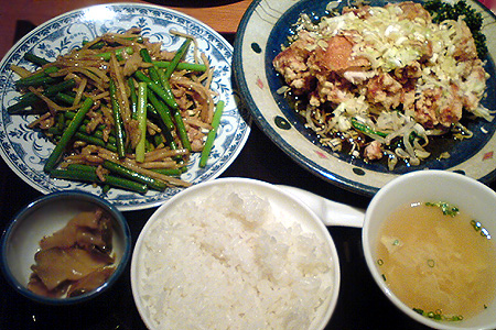油淋鶏&牛肉のにんにくの芽炒め定食